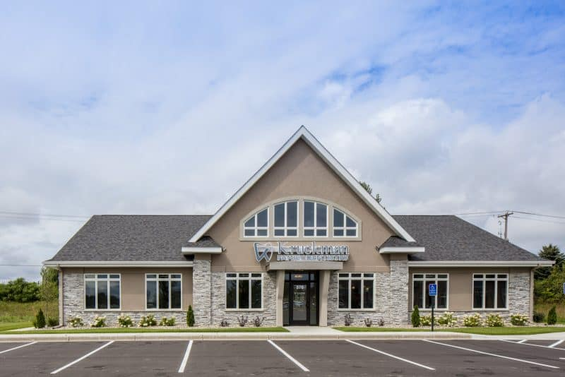 Dental office exteriors dental office exterior design for Exterior design office buildings